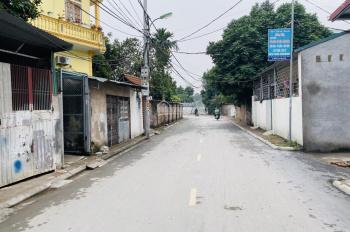 Cần bán mảnh đất vuông vắn diện tích 70m2 MT 4,5m hướng Tây Bắc đường thông ô tô đỗ tại Kiên Thành