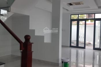 Tôi cần cho thuê nhà biệt thự góc Phước Long, Nha Trang giá rẻ. DT 351m2, thiết kế đẹp
