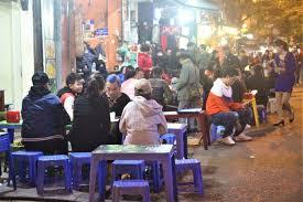 Cho thuê nhà mặt phố Phùng Hưng to, phố chuyên lẩu, có vỉa hè, vị trí đẹp, liên hệ: 0987074884