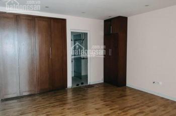 Tôi cần bán 116m2 chung cư văn phú VITORIA có 3 ngủ, nội thất giá 2.1 tỷ