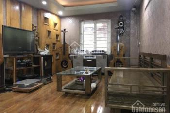 Cần bán nhà Thạch Bàn 38m2 ,5 tầng đẹp ,MT 5m ,ô tô đỗ cửa ,hàng xóm thân thiện,gần Eon Long Biên