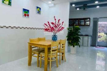Cho thuê nhà MT Sư Vạn Hạnh, P12, Q10, gần Vạn Hạnh Mall (4x16.5m) 4 lầu, giá 75 tr/th TL