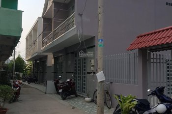 Bán nhà 1 lầu đúc quốc lộ 50 Đa Phước Bình Chánh giá 1.3 tỷ. 0933918388