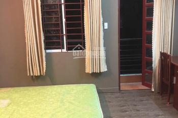 Phòng cho thuê đầy đủ nội thất ở Quận 1 giá: 4.8tr/tháng. LH: 0913.428.768 Nam