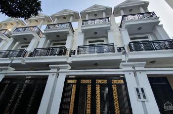Bán nhà đường Hồ Văn Tư - gần chợ Thủ Đức, chiết khấu 500tr, sổ riêng, đã hoàn công lh 0901609583