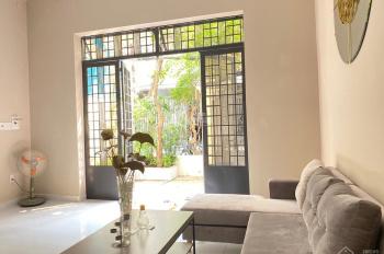 Cho thuê nhà riêng P. Thảo Điền, đường Đỗ Quang, 5x14m, 3 lầu, giá 28 tr/th