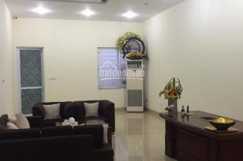 Cho thuê nhà mặt phố Trần Xuân Soạn, sát Chợ Hôm, gần Phố Huế, diện tích 70m2 x 3 tầng, nhà mới đẹp