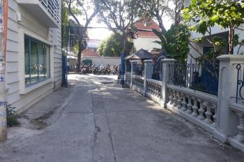 Bán biệt thự có cổng lớn bảo vệ Hồ Xuân Hương - gần Tú Xương, Phường 6, Quận 3 DT: 12x18m, giá 55tỷ