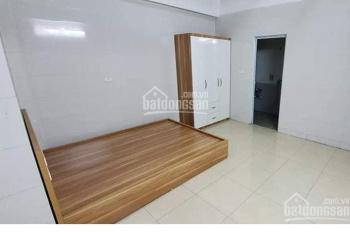 Cho thuê phòng khép kín ngõ 196 Nguyễn Văn Huyên giá 1tr7 - 3tr/th ở luôn. LH 0901733914