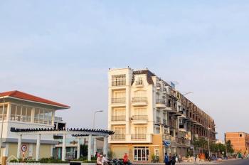 Nhà phố vị trí đẹp nhất Mỹ Tho,view trực diện sông Tiền, đường sá đầy đủ,dt 5x20,5x25.LH 0935417939