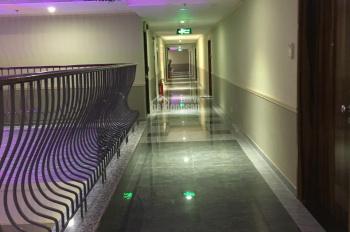 Bán gấp căn hộ 3PN Léman Quận 3, full nội thất cao cấp, có bồn tắm nằm, hồ bơi tầng thượng 10,4 tỷ