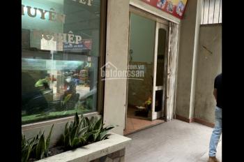 Chính chủ bán nhà mặt 8m xây 3 tầng số 2 ngõ 326 Nguyễn Trãi, đang cho thuê làm nhà hàng
