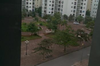 Cho thuê căn hộ giá 2,7tr diện tích 36m2 nhà 1PK, 1PN, tầng 5 thang bộ KĐT Việt Hưng, ĐT 0966328455