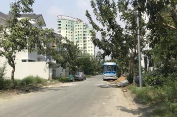 Bán nhà phố khu dân cư 13E Làng việt kiều Phong Phú nhà đối diện công viên thoáng mát có sổ hồng