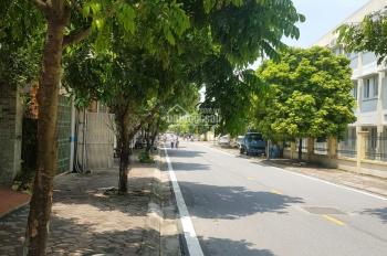 Cần bán nhanh 75m2 đất đấu giá ngõ 11 phố Việt Hưng, Long Biên, HN. ĐT: 0986 892 307