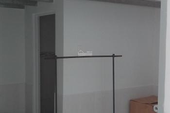 Cho nữ thuê phòng trọ cao cấp đường Nguyễn Thị Tú, sạch và mát, 1.4 triệu/phòng, DT: 20m2