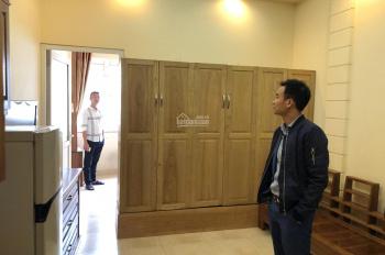 Chính chủ cho thuê căn hộ đủ đồ 42 m2 phố Khâm Thiên giá 4,5 triệu/tháng