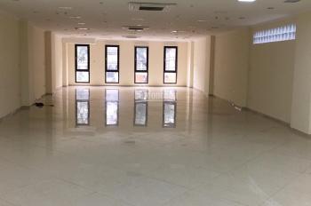 Cho thuê cửa hàng mặt tiền phố Vương Thừa Vũ, DT 90m2, LH 0974739378