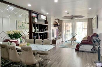 Cần bán gấp căn hộ Rivera Park 3PN. LH 0969252818 (MTG)