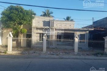 Chính chủ cần cho thuê nhà đất đường Bà Huyện Thanh Quan, chợ Cam Đức. LH: 0966570060