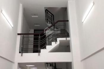 Cho thuê nguyên căn 4 lầu, 6PN Thành Thái, Quận 10. Giá 35tr/th