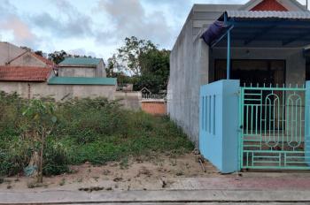 Đất giá rẻ tại xã Nghĩa Phú nằm trong khu dân cư của xã Nghĩa Phú, gần cầu Cửa Đại sắp hoàn thành