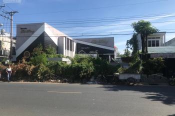 Bán nhà lớn mặt tiền đường Lâm Quang Ky, DT ngang trên 21m, ngay trung tâm TP Rạch Giá, Kiên Giang