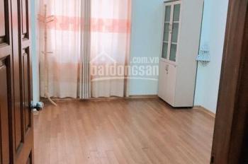 Cho thuê nhà riêng trong ngõ phố Đào Tấn - Linh Lang giá thuê 25tr/tháng