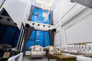 Bán căn penthouse thông tầng Ecogreen Nguyễn Xiển 136m2 giá 23tr/m2, ngay ngã tư Khuất Duy Tiến