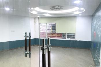 Cho thuê nhà mặt phố Hào Nam 65m2x5 tầng căn góc mt 6m, có điều hòa, sàn gỗ giá 30 triệu/ tháng