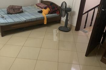 Cần cho thuê nhà riêng 60m2 Trương Định, giá 3tr. Điện nước tự trả