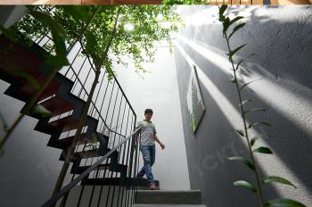 Nhà không gian mở mới đẹp P. Thảo Điền 8*13m, 1 lầu, giá chỉ 28 triệu, LH: 0938.761.579