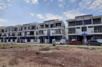 Cần tiền bán gấp nhà 8x20m, 6.75 tỷ/căn, view công viên đường Nguyễn Duy Trinh - LH 0931.844.788
