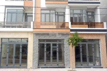 Nhà bán Phú Lợi giá rẻ, nhà thiết kế đẹp số hồng riêng thổ cư chính chủ