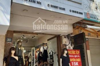 Sang nhượng Cửa hàng thời trang phố Hàng Nón, DT 30m2 LH 0945926996