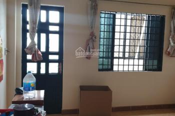 Cho thuê nhà p. Bình An, DT: 150m2, trệt, lầu, 2PN, giá 11 triệu. LH: 0901380809