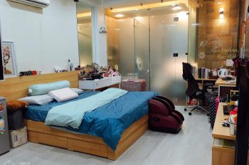 Cho thuê nhà mặt tiền Hoa Lan, P2, Q. Phú Nhuận 5PN 5WC 4 tầng tiện làm spa, Văn phòng, 55 triệu/th