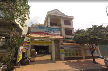 Cho thuê nhà mặt tiền Huỳnh Lan Khanh, P2, Tân Bình. 240m2, giá 150tr/tháng, liên hệ: 0938540788