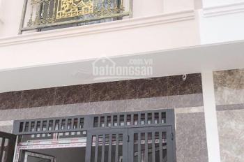 Kẹt tiền bán gấp nhà gần đường Mã Lò, Bình Tân, 2 lầu 1 trệt