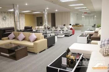Cho thuê showroom mặt phố Ngô Gia Tự, Long Biên, Hà Nội 700m2 DTSD, giá 110 triệu/tháng