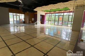 Chính chủ cho thuê sàn thương mại 150m2 tại tổ hợp thương mại Vimeco Big C Thăng Long. Giá cực tốt