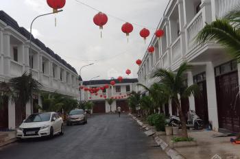 Bán 20 lô đất nền sổ đỏ, canh khu Aeon trung tâm thành phố Dĩ An Bình Dương, chỉ 250tr nền sở hữu