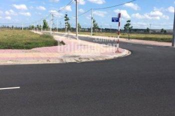 Bán Gấp lô đất ngay đoạn  giao QL13 - MPTV. DT 100m2, giá 850tr.  Công chứng sang tên trong  ngày