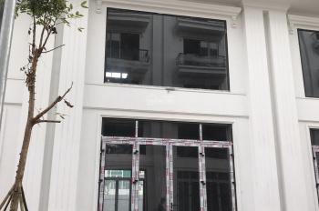 Tôi Lan cần tiền bán gấp căn nhà mặt phố 2 mặt tiền đường Trần Hưng Đạo, thuận tiện kinh doanh