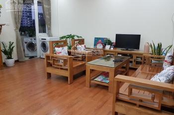 Cần bán căn hộ CT5 - Văn Khê, Hà Đông, diện tích 68m2, TK 2PN, 1VS, 1 logia. Nội thất có tủ bếp