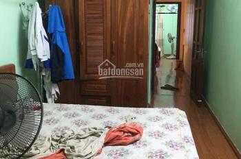 Cho thuê nhà riêng phường Văn Miếu, Đống Đa: 5 tầng. Ngõ rộng, an ninh tốt, dân trí cao
