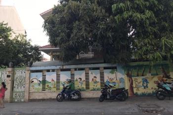 Nhà mặt tiền đường Quốc Hương P. Thảo Điền, 350m2, 2 lầu, 4 phòng, 120 tr/th, LH 0938761579