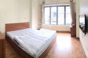 Cho thuê nhà mặt phố Vĩnh Phúc 50m2 x 6 tầng tiện ở và kinh doanh