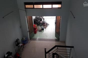 Cần bán gấp nhà (5x20) MT đường Hương Lộ 2 kinh doanh 860 triệu, gọi 0702983110