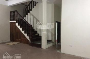 Cho thuê nhà riêng phố Tôn Đức Thắng 90m2 x 5 tầng, 2 MT 7.5m, giá từ 27.5 triệu/th, LH: 0903215466